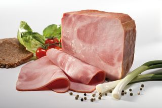 Small-piece cooked ham