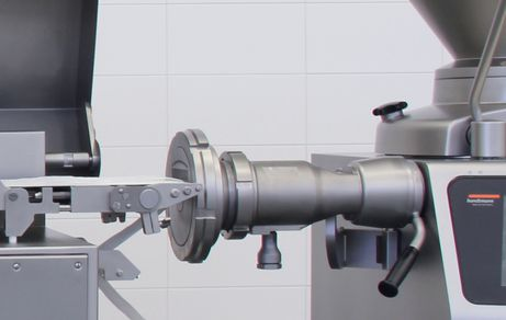 New GD 451 inline grinding attachment with GD 452 in GMD 99-3 minced meat line