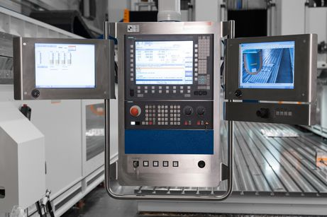Optional spindle monitoring system and camera monitoring system on a GANTRY TS-Variant