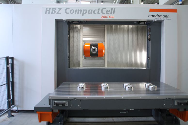 HBZ CompactCell 200/100 mit Null-Punkt-Spannsystem