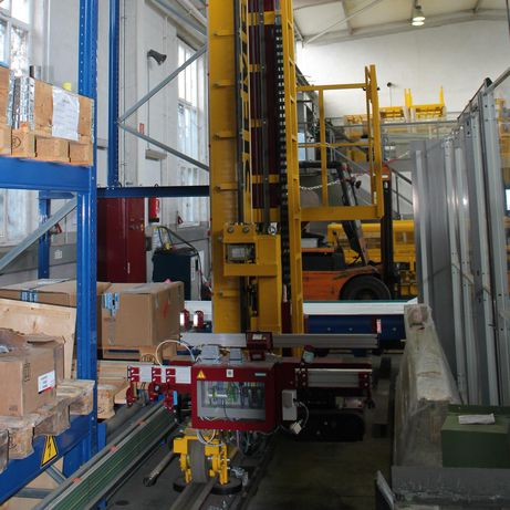 Storage/retrieval system with Lauramid<sup>®</sup> rollers