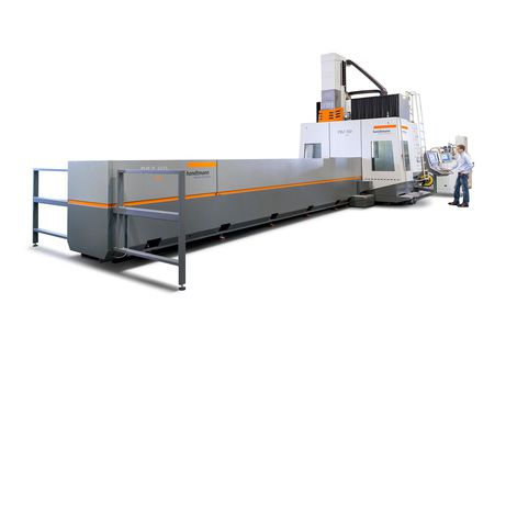 : 5-axis PBZ HD profile machining centre for high-performance machining of heavy profiles and extrusions. Ergonomic workplace for machine operators.