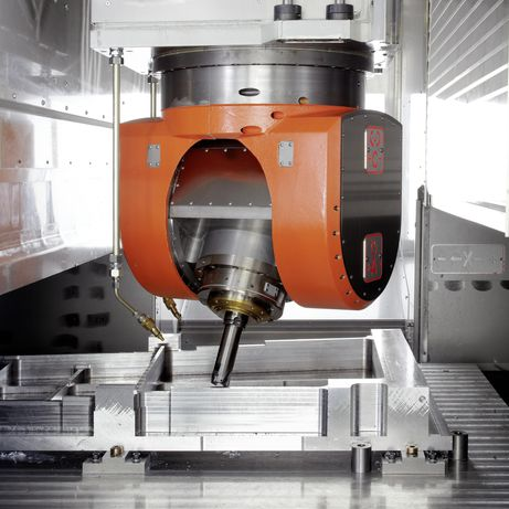 UBZ universal machining centre for 5-axis HPC machining of aluminium as well as heavy-duty cutting
