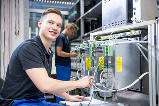 Handtmann Training - Electronics technicians for industrial engineering